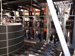 Kompaktní chiller s vodou chlazeným kondenzátorem 120kW 1000x1000x2000
