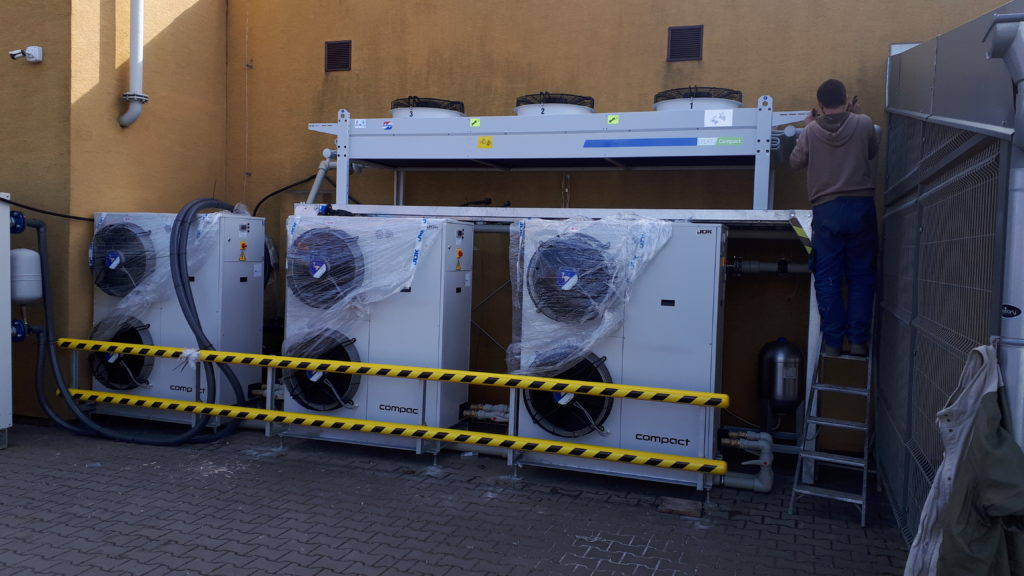 ChIllery 3x50kW + freecooling 150kW